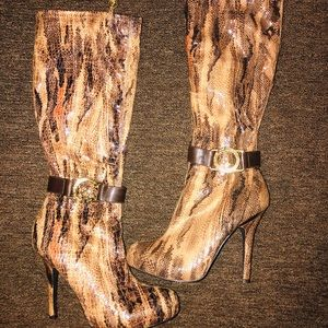 Heel high baby phat boots